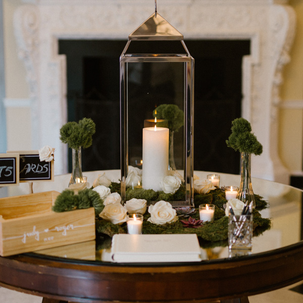 Bee Inspired Events - Guest book table