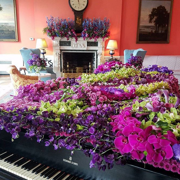 Bee Inspired Events - The Greenbrier blooming Piano Room